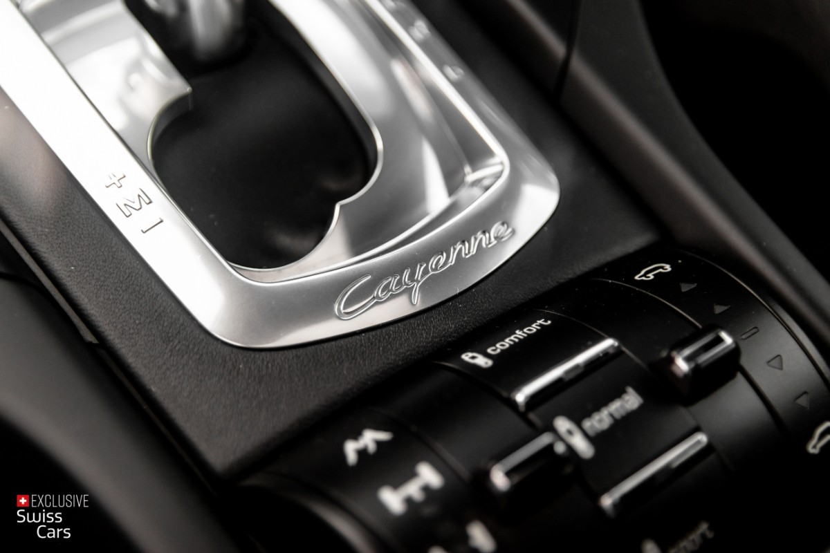 ORshoots - Exclusive Swiss Cars - Porsche Cayenne Turbo - Met WM (25)