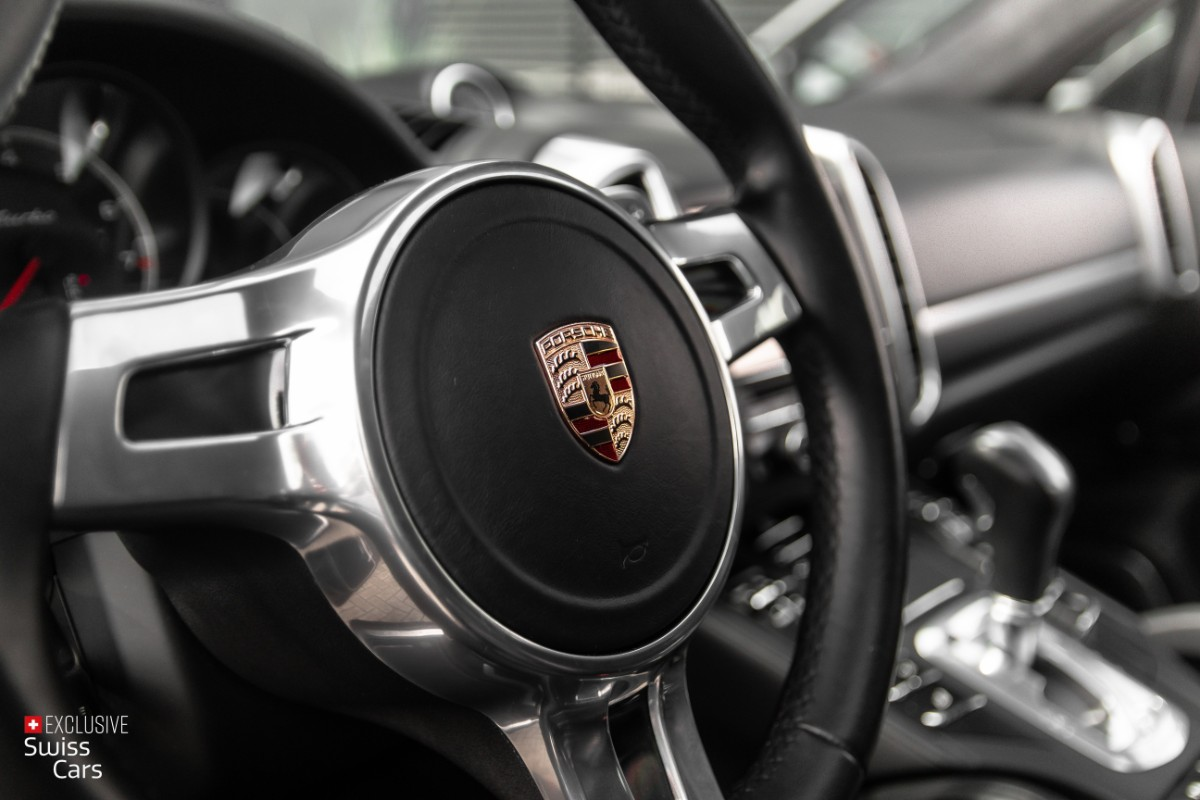ORshoots - Exclusive Swiss Cars - Porsche Cayenne Turbo - Met WM (46)