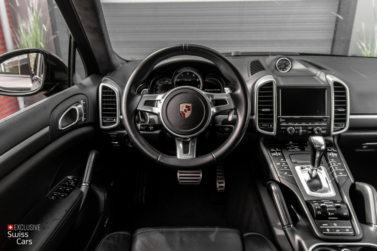 ORshoots - Exclusive Swiss Cars - Porsche Cayenne Turbo - Met WM (48)