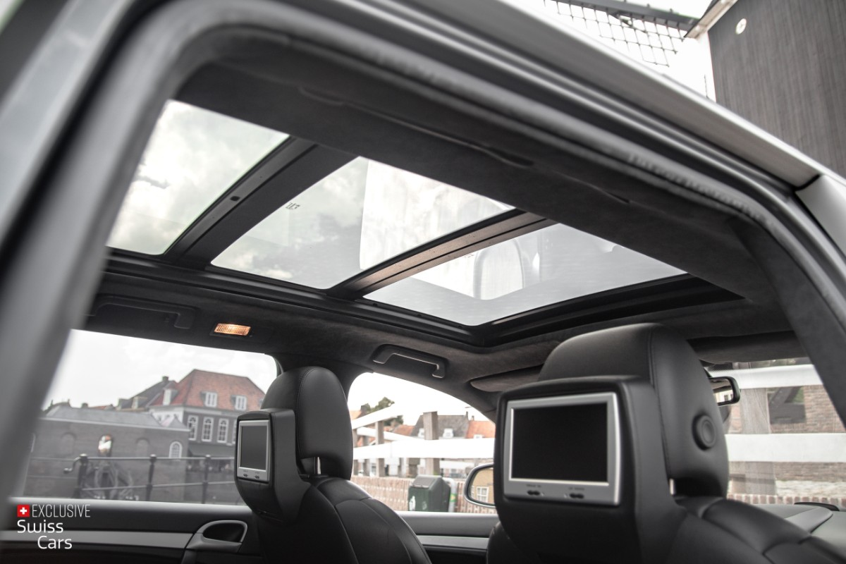 ORshoots - Exclusive Swiss Cars - Porsche Cayenne Turbo - Met WM (41)