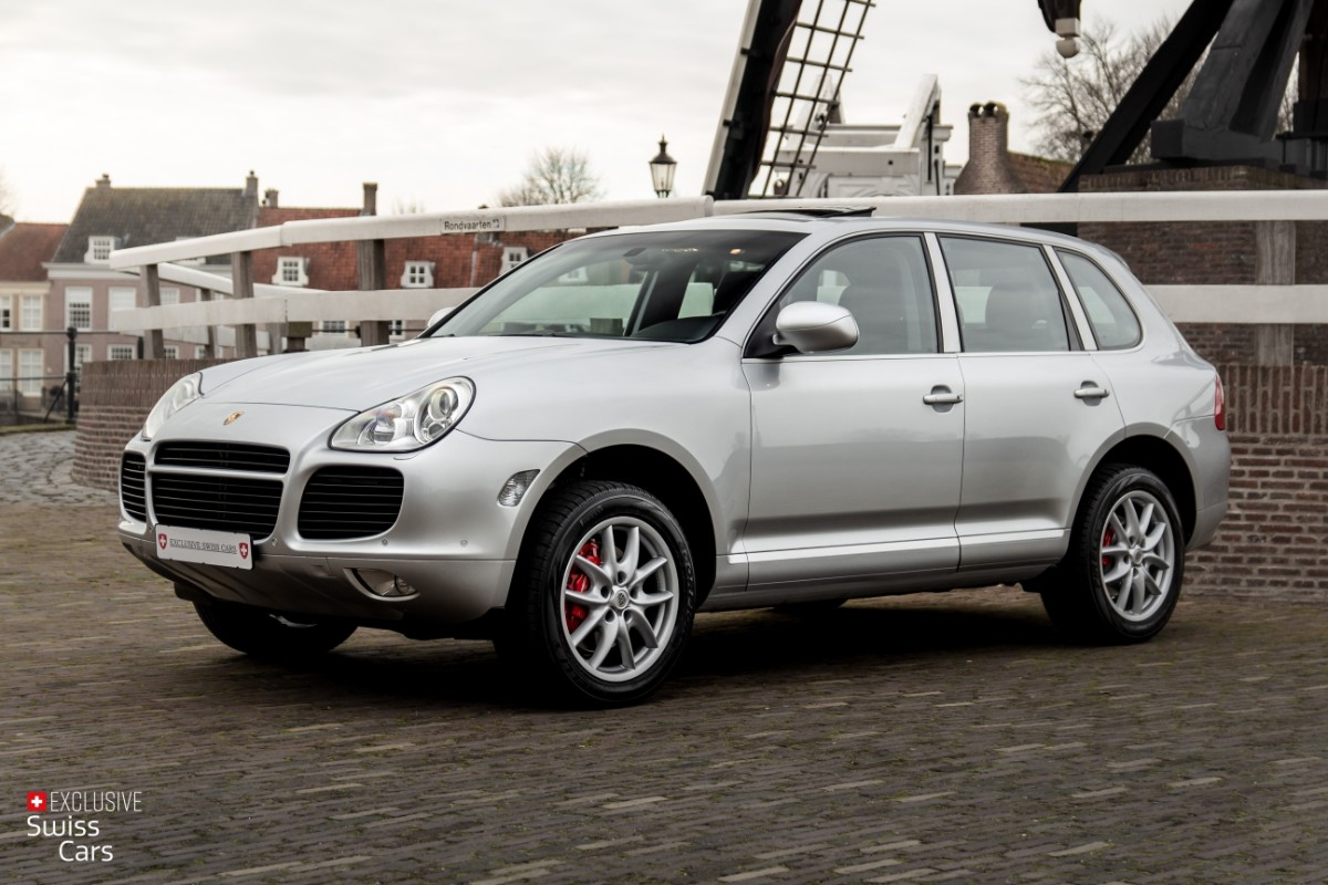 ORshoots - Exclusive Swiss Cars - Porsche Cayenne Turbo - Met WM (1)