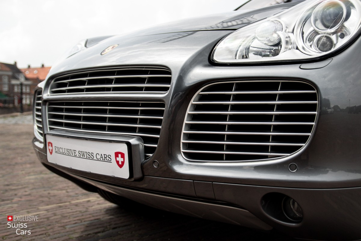 ORshoots - Exclusive Swiss Cars - Porsche Cayenne Turbo - Met WM (12)