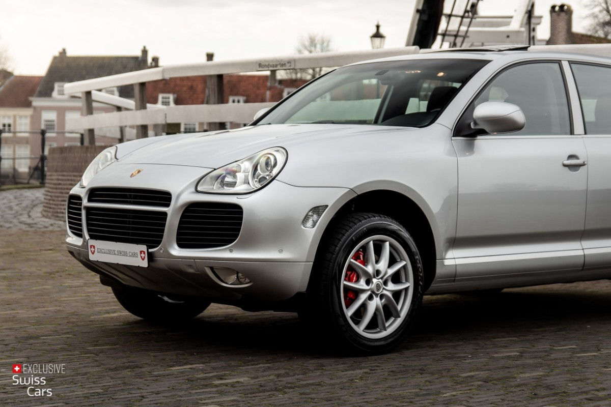 ORshoots - Exclusive Swiss Cars - Porsche Cayenne Turbo - Met WM (2)