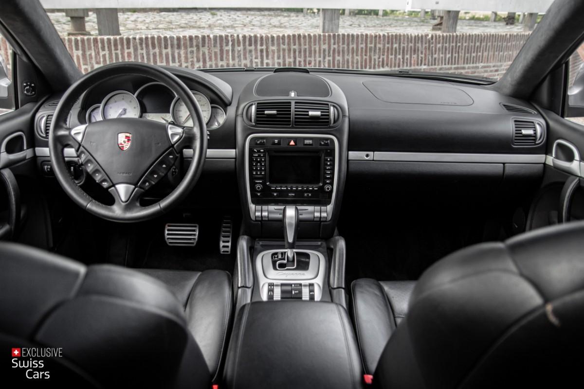 ORshoots - Exclusive Swiss Cars - Porsche Cayenne Turbo - Met WM (42)
