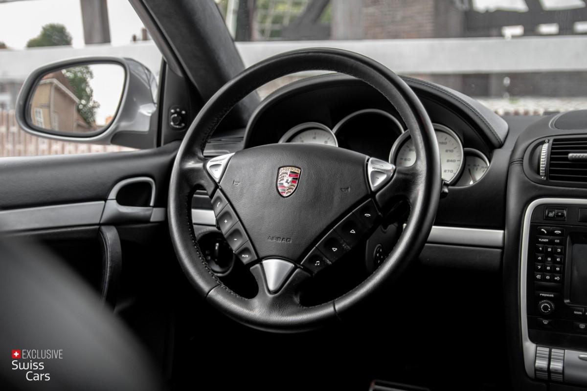ORshoots - Exclusive Swiss Cars - Porsche Cayenne Turbo - Met WM (44)