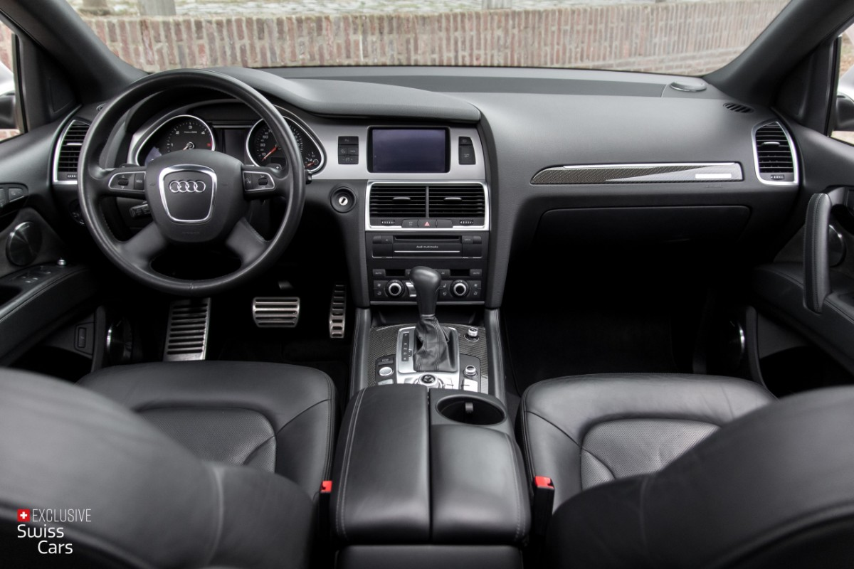 ORshoots - Exclusive Swiss Cars - Audi Q7 V12 - Met WM (38)