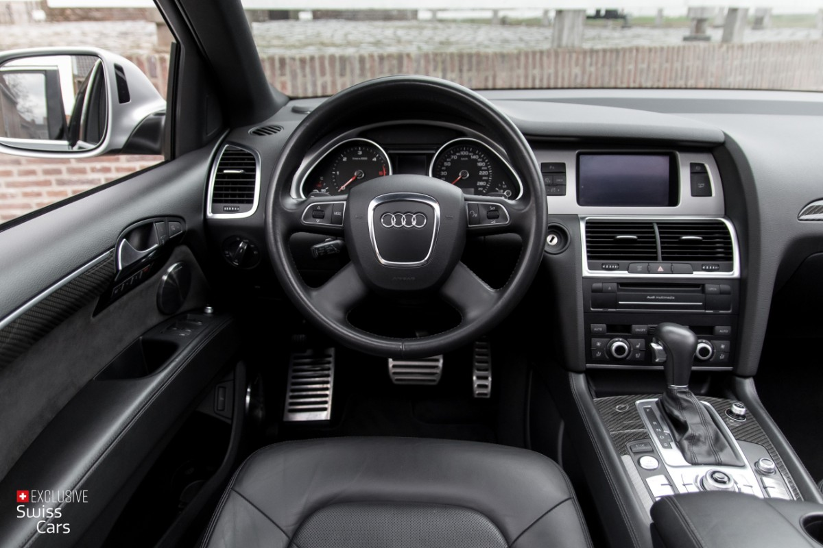 ORshoots - Exclusive Swiss Cars - Audi Q7 V12 - Met WM (40)
