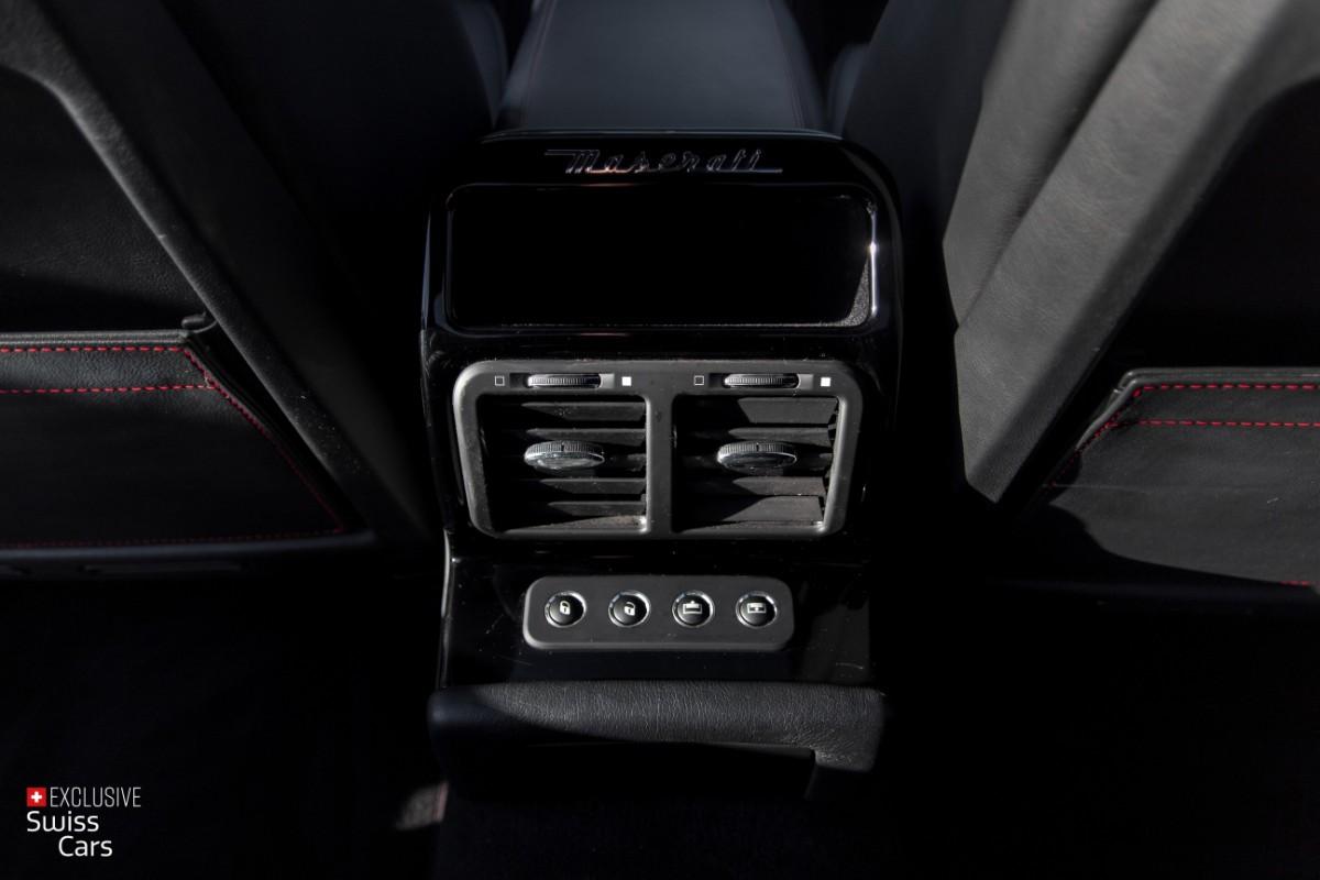 ORshoots - Exclusive Swiss Cars - Maserati Quattroporte - Met WM (35)