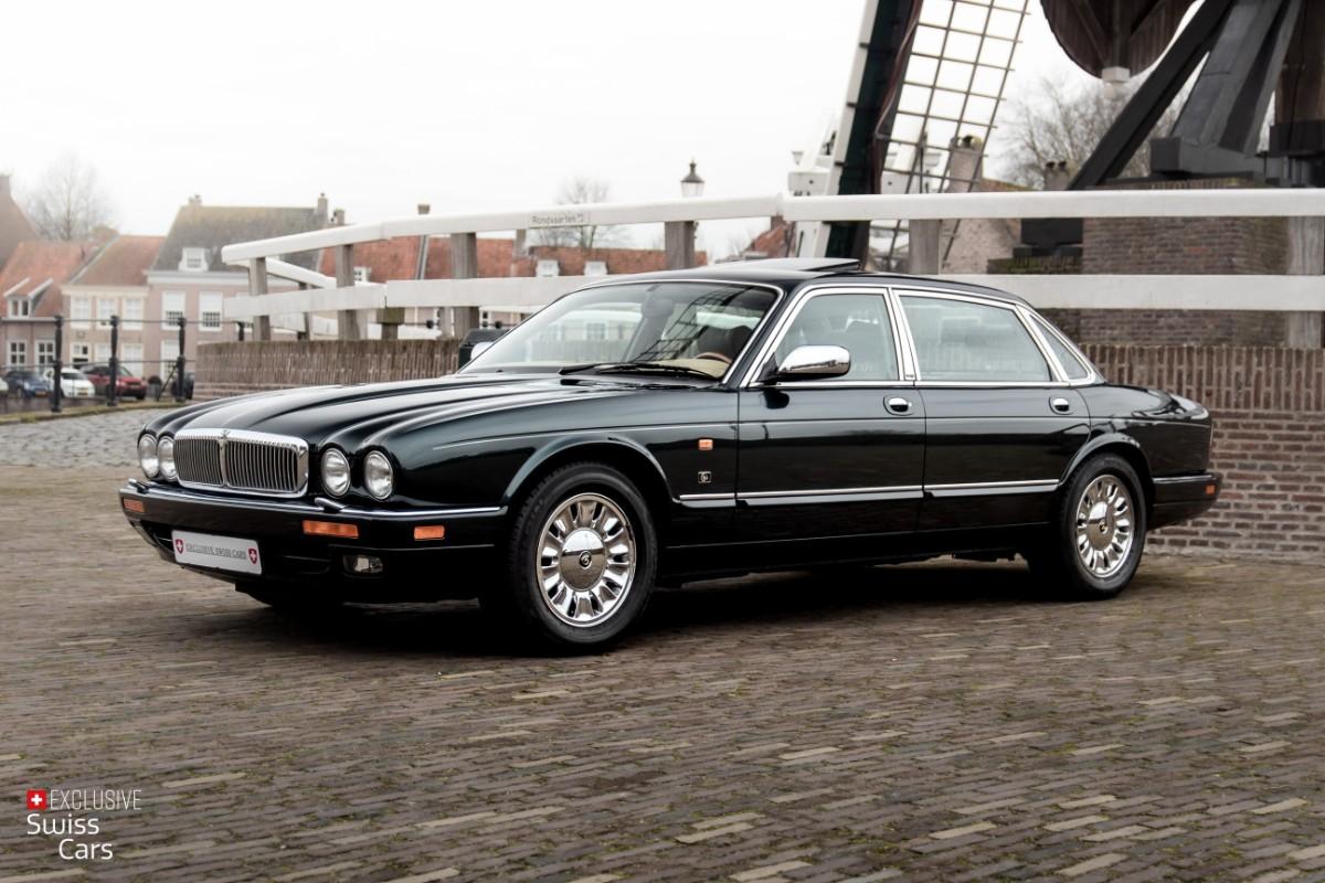 ORshoots - Exclusive Swiss Cars - Jaguar Daimler - Met WM (1)