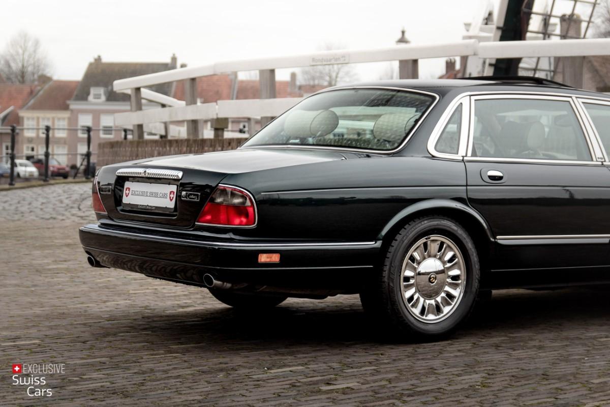 ORshoots - Exclusive Swiss Cars - Jaguar Daimler - Met WM (14)