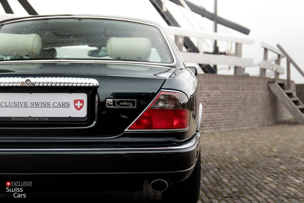 ORshoots - Exclusive Swiss Cars - Jaguar Daimler - Met WM (16)