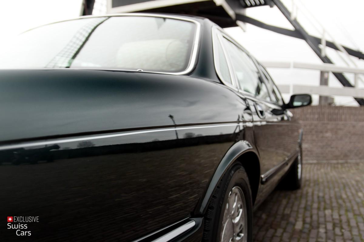 ORshoots - Exclusive Swiss Cars - Jaguar Daimler - Met WM (19)