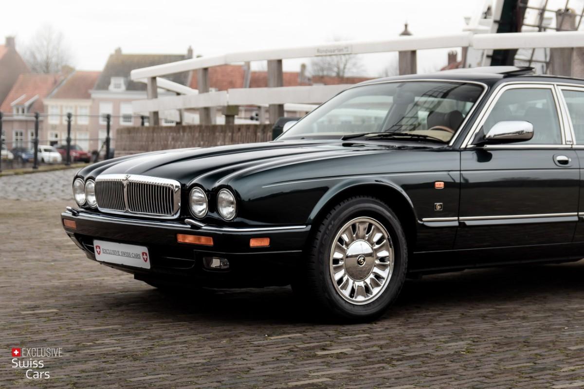 ORshoots - Exclusive Swiss Cars - Jaguar Daimler - Met WM (2)