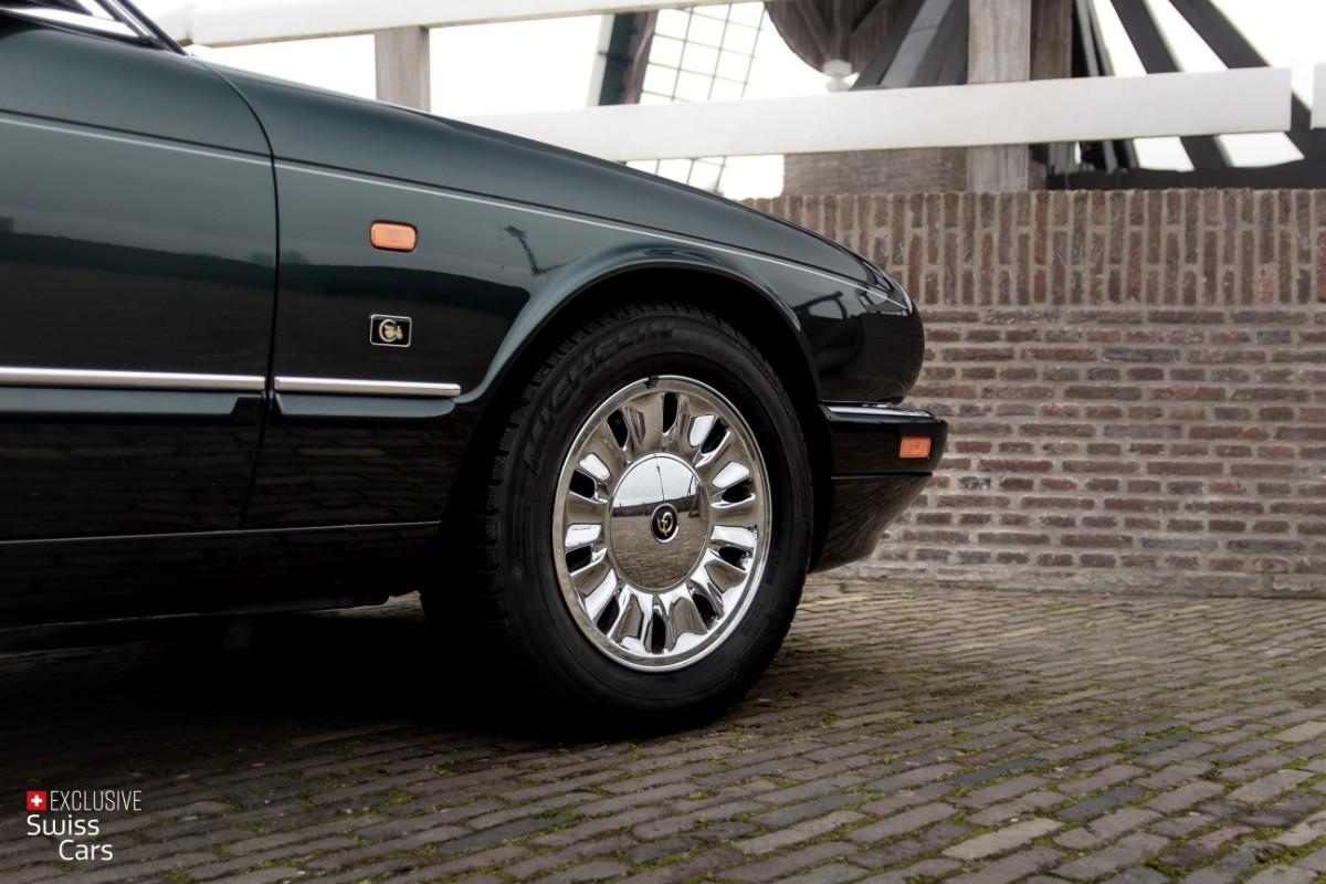 ORshoots - Exclusive Swiss Cars - Jaguar Daimler - Met WM (20)