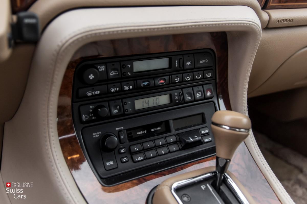 ORshoots - Exclusive Swiss Cars - Jaguar Daimler - Met WM (24)