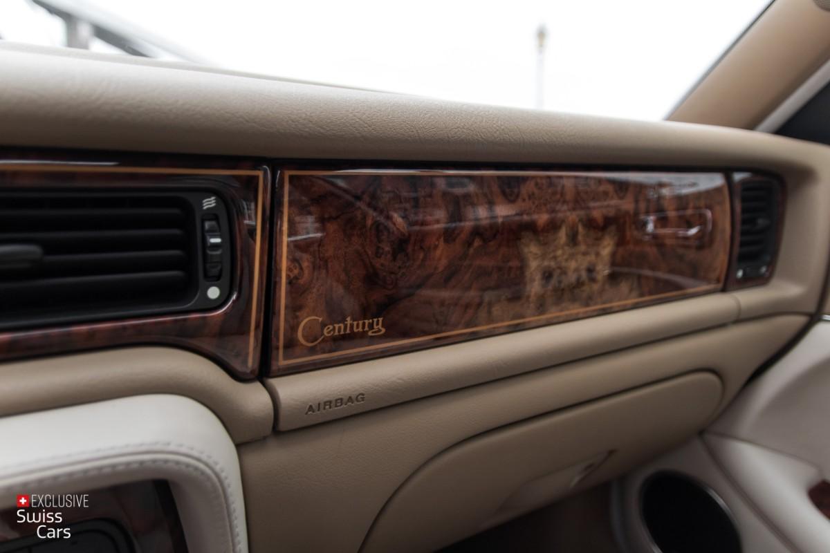 ORshoots - Exclusive Swiss Cars - Jaguar Daimler - Met WM (25)