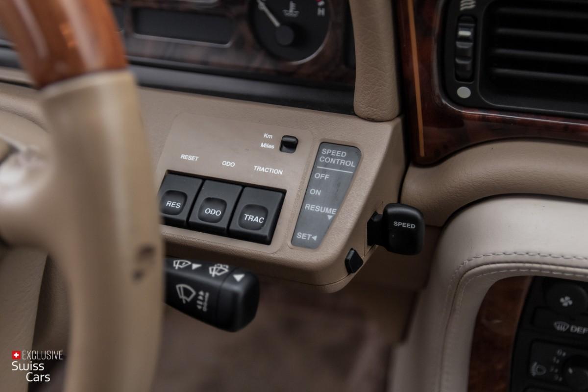 ORshoots - Exclusive Swiss Cars - Jaguar Daimler - Met WM (27)