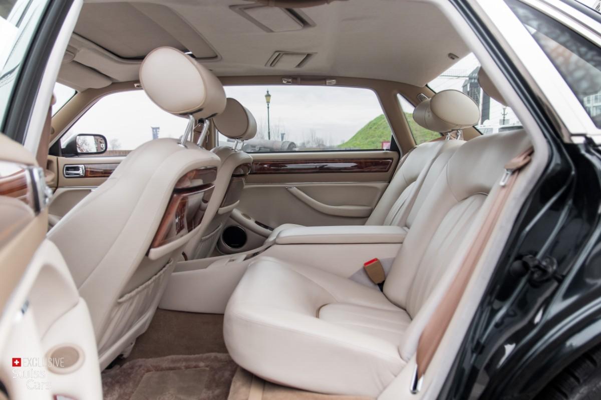 ORshoots - Exclusive Swiss Cars - Jaguar Daimler - Met WM (35)