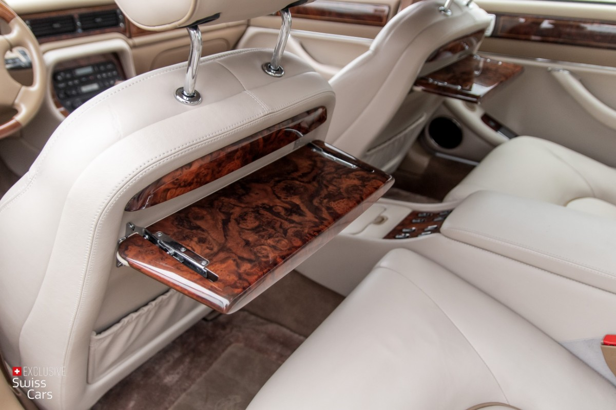 ORshoots - Exclusive Swiss Cars - Jaguar Daimler - Met WM (36)
