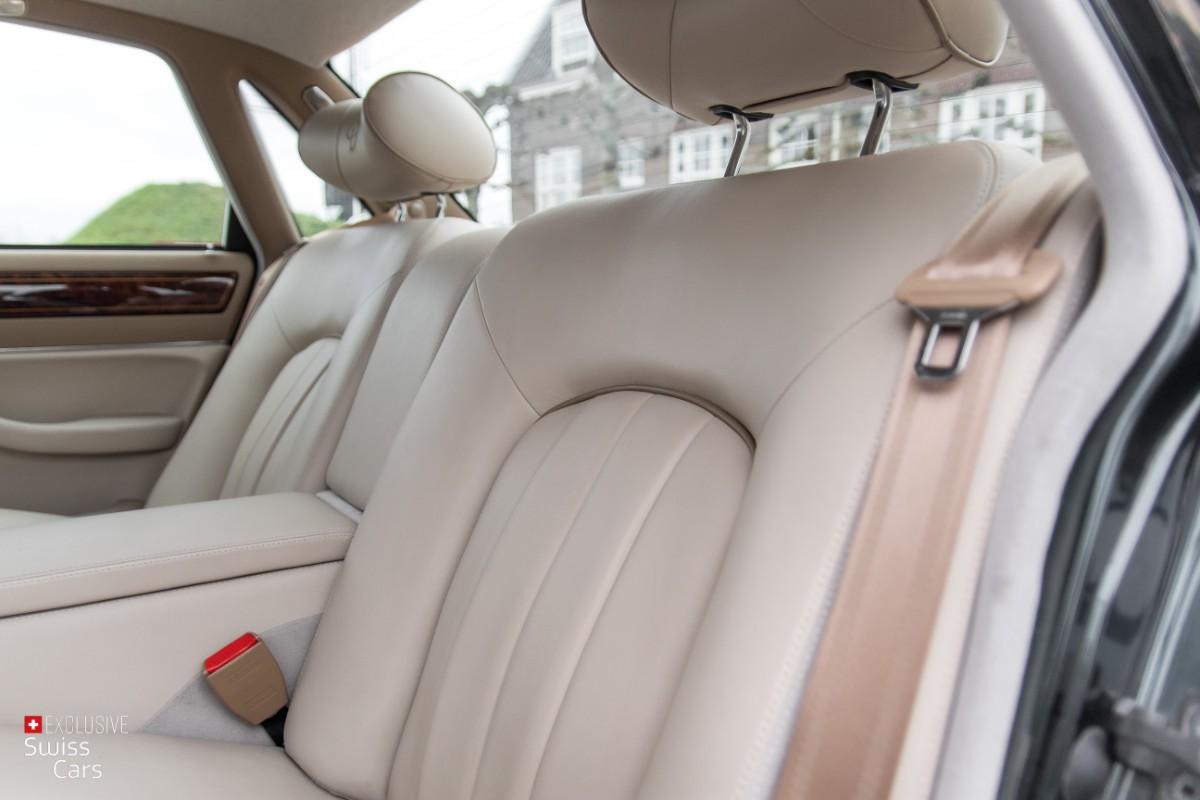 ORshoots - Exclusive Swiss Cars - Jaguar Daimler - Met WM (40)