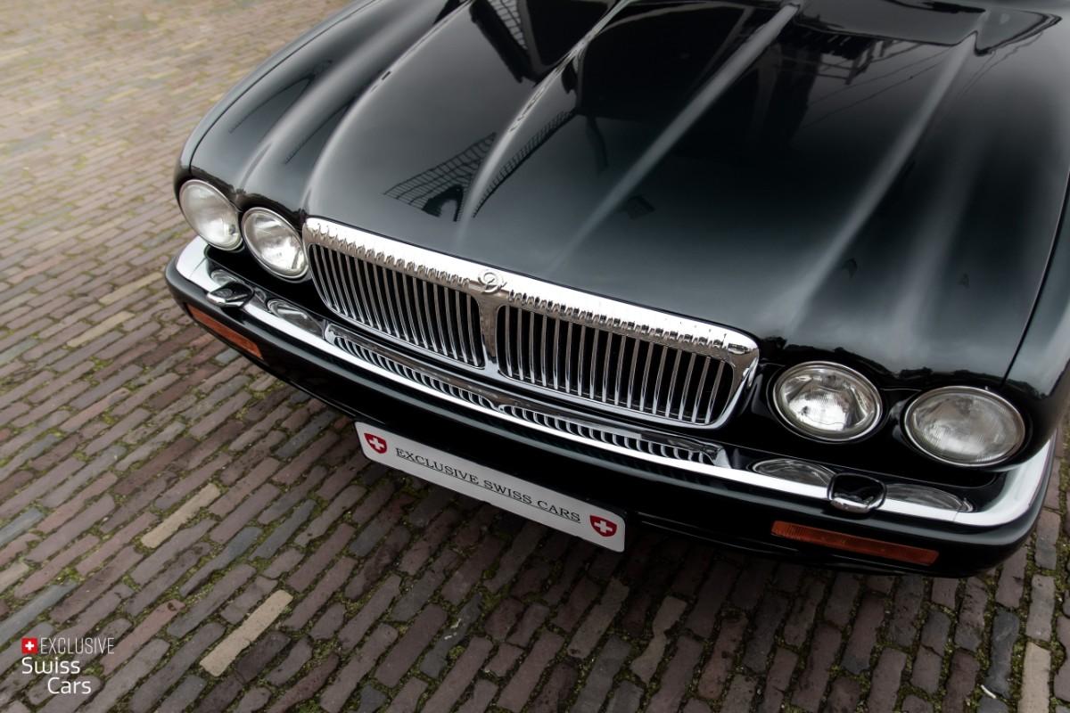 ORshoots - Exclusive Swiss Cars - Jaguar Daimler - Met WM (5)