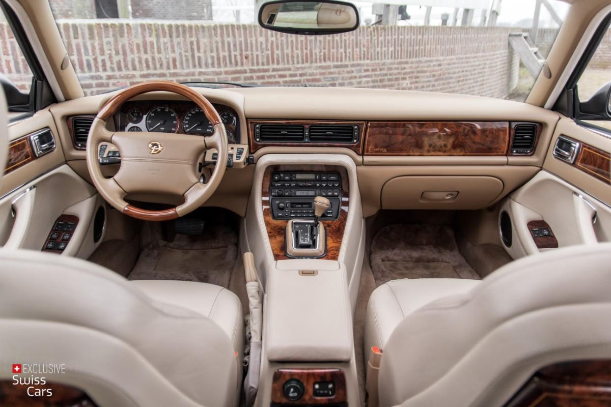 ORshoots - Exclusive Swiss Cars - Jaguar Daimler - Met WM (50)