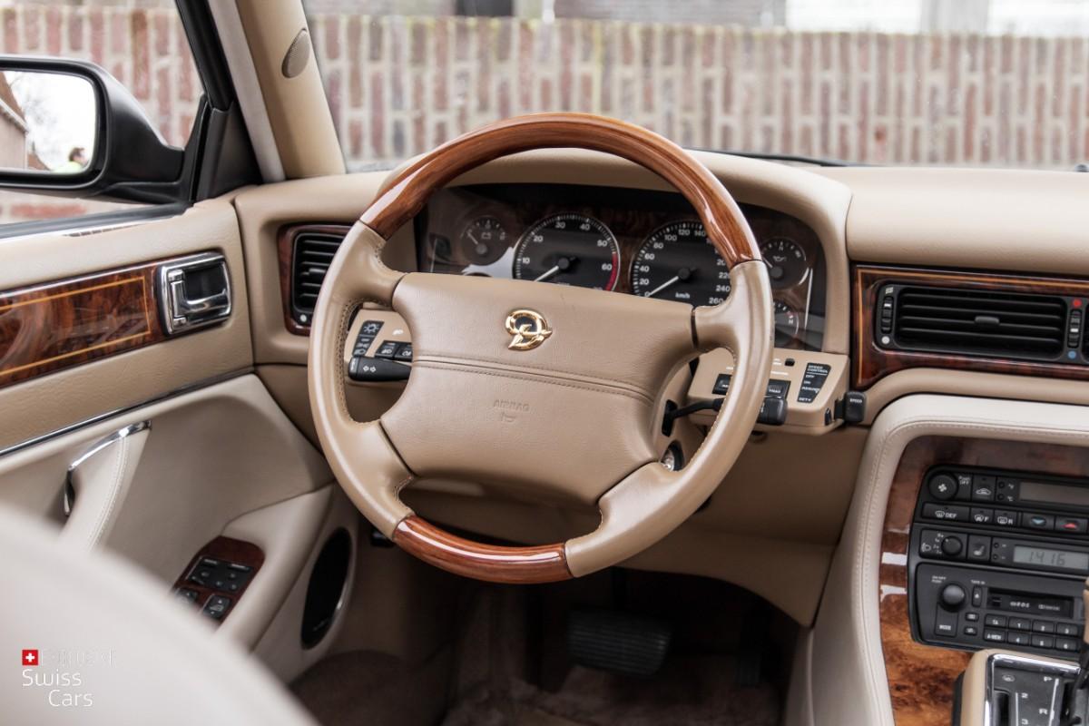 ORshoots - Exclusive Swiss Cars - Jaguar Daimler - Met WM (51)