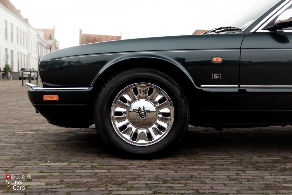 ORshoots - Exclusive Swiss Cars - Jaguar Daimler - Met WM (8)