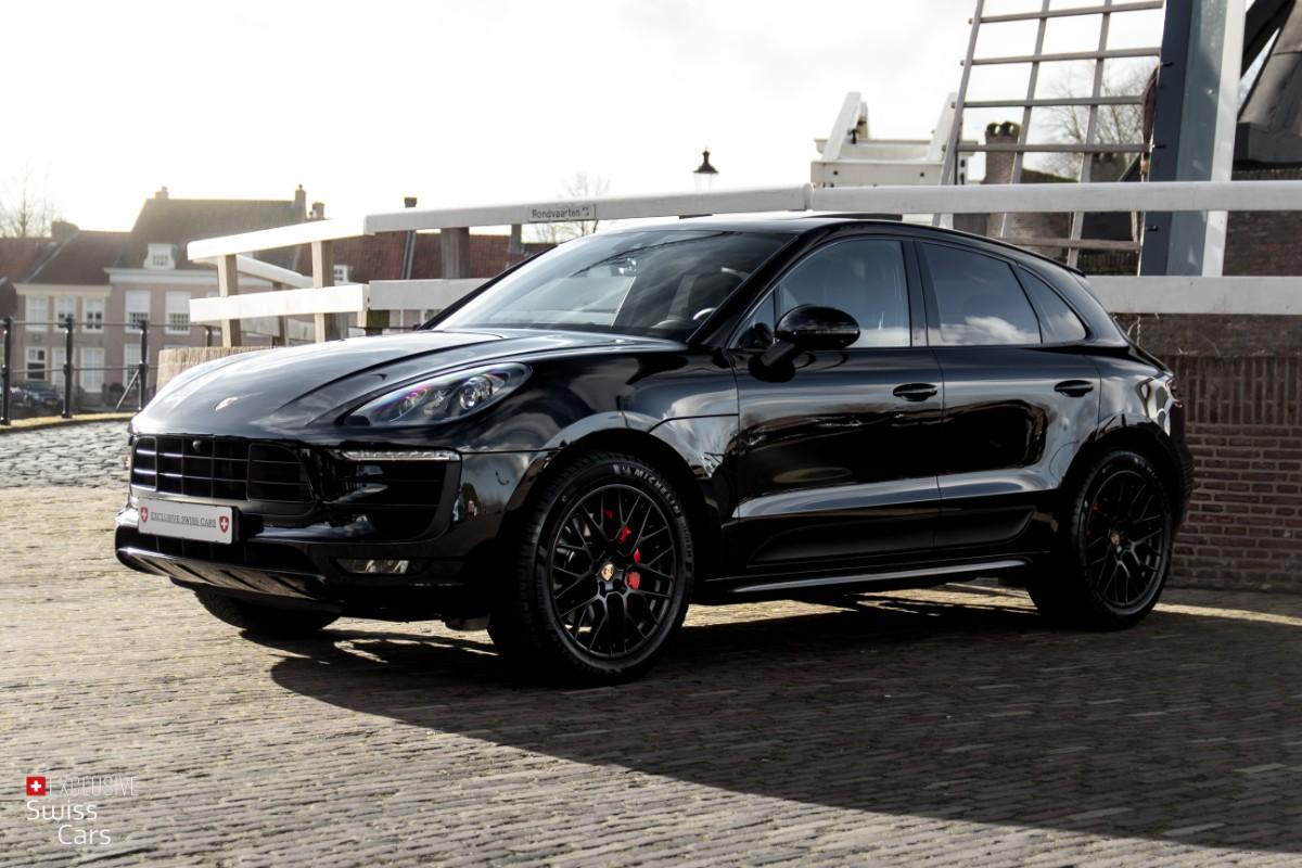 ORshoots - Exclusive Swiss Cars - Porsche Macan GTS - Met WM (1)