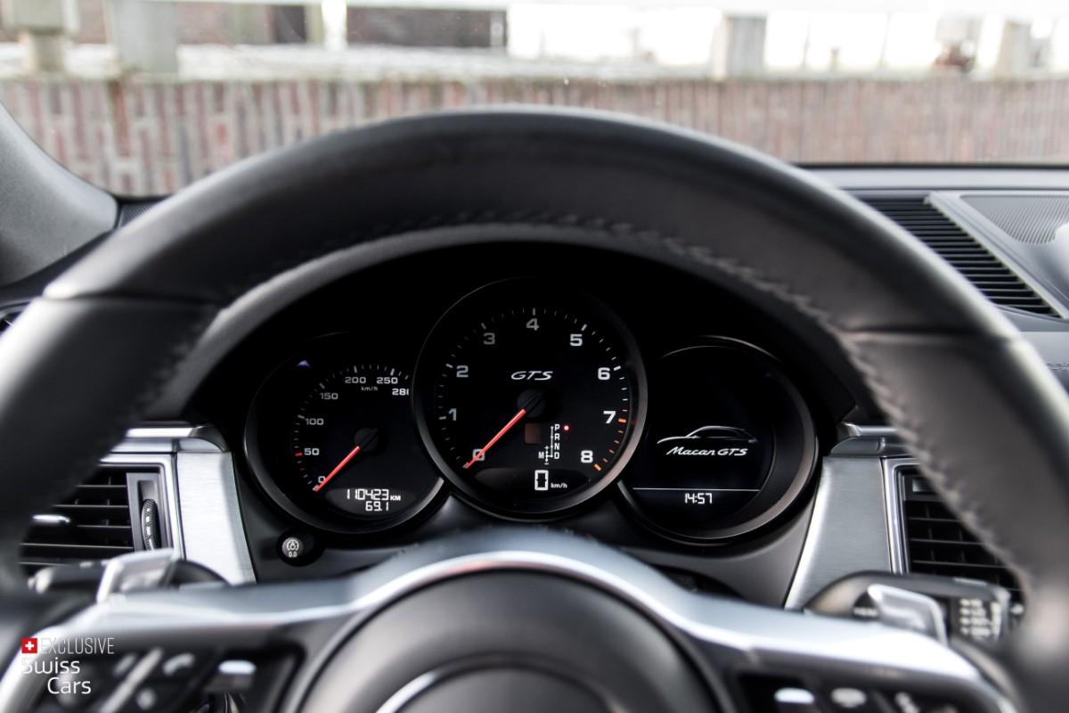 ORshoots - Exclusive Swiss Cars - Porsche Macan GTS - Met WM (22)