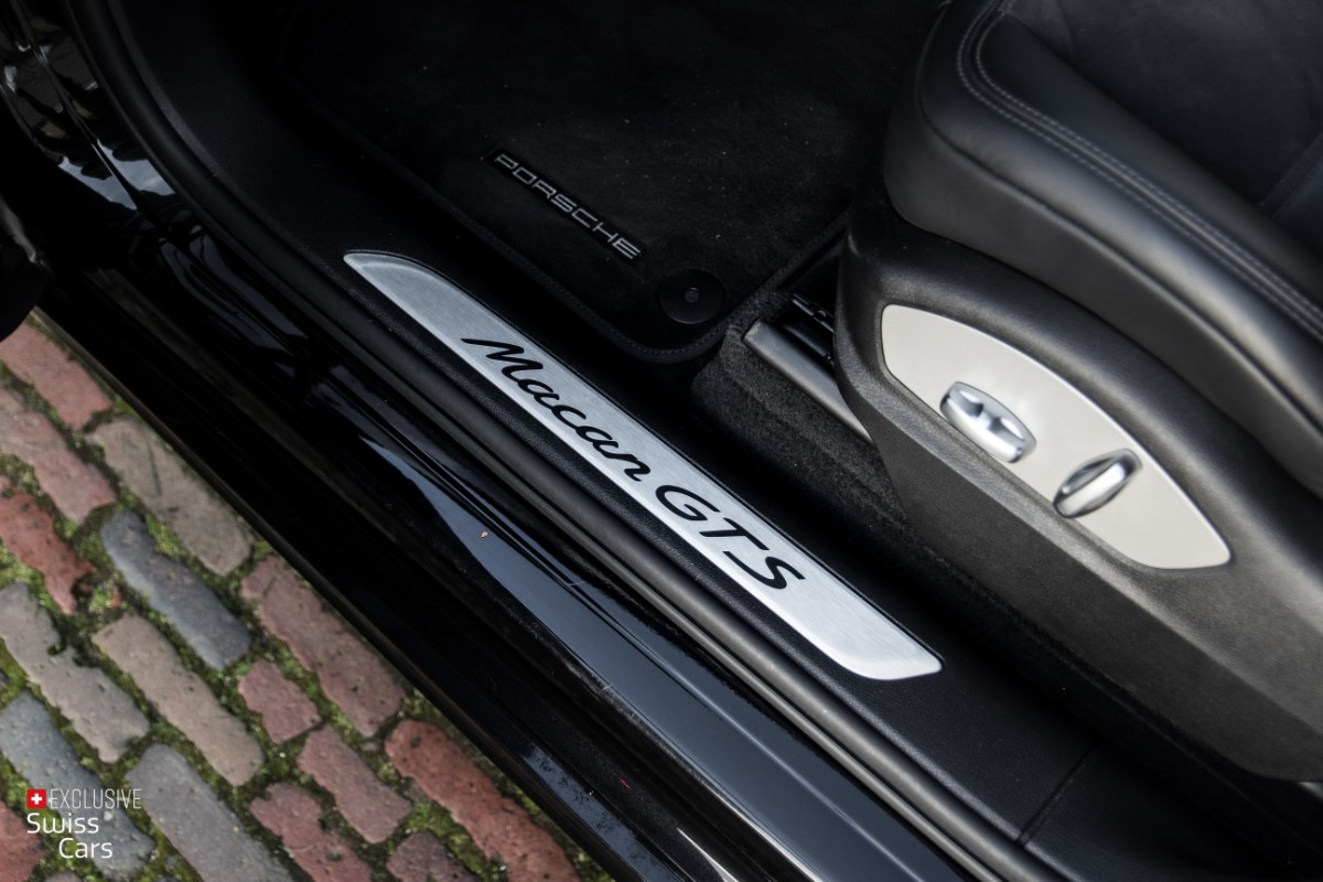 ORshoots - Exclusive Swiss Cars - Porsche Macan GTS - Met WM (26)