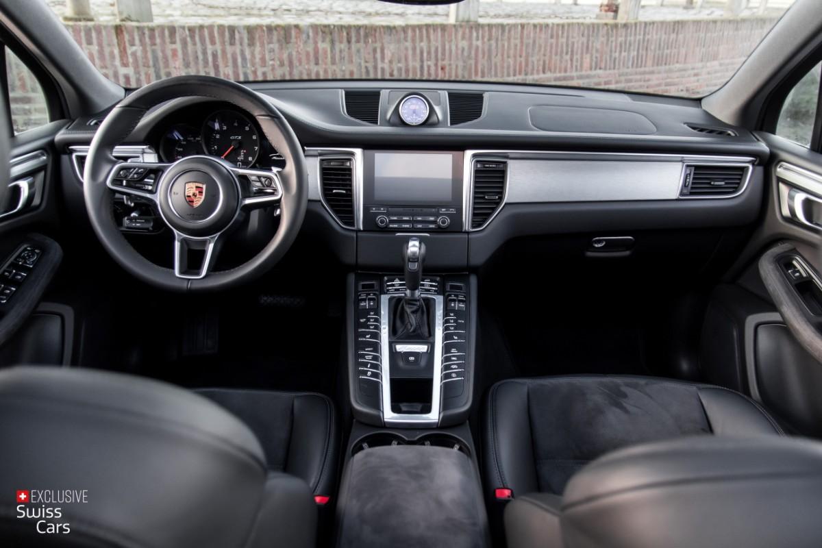 ORshoots - Exclusive Swiss Cars - Porsche Macan GTS - Met WM (35)