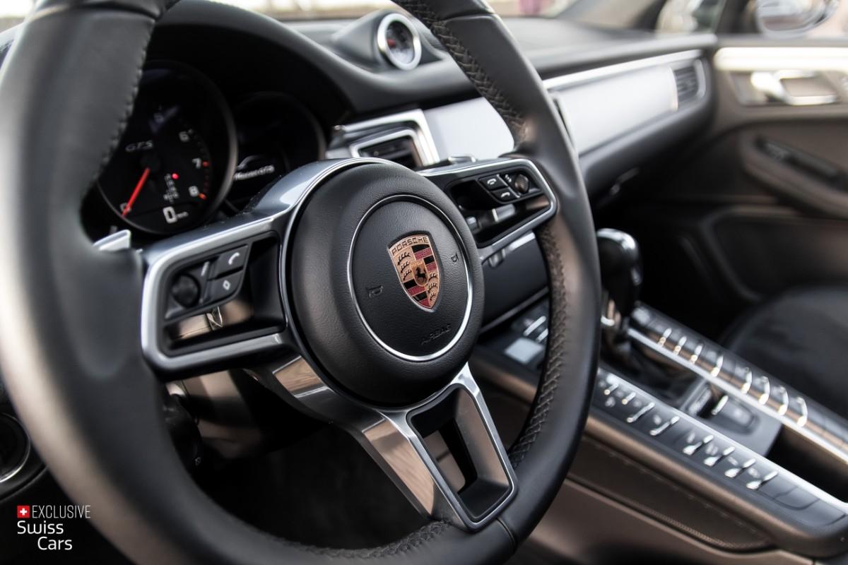 ORshoots - Exclusive Swiss Cars - Porsche Macan GTS - Met WM (37)