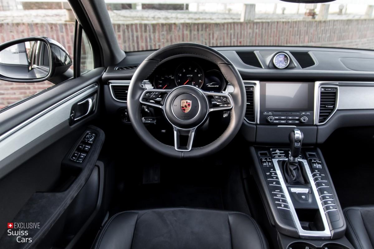 ORshoots - Exclusive Swiss Cars - Porsche Macan GTS - Met WM (38)