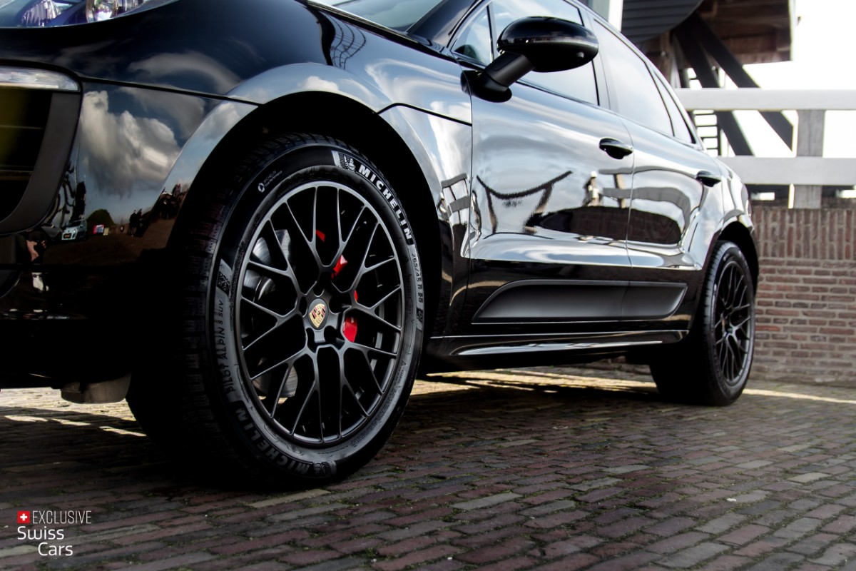 ORshoots - Exclusive Swiss Cars - Porsche Macan GTS - Met WM (6)