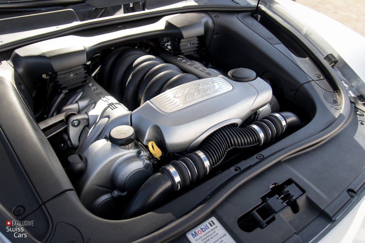 ORshoots - Exclusive Swiss Cars - Porsche Cayenne Turbo (46)