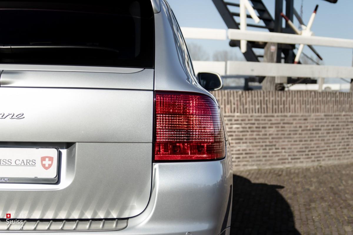 ORshoots - Exclusive Swiss Cars - Porsche Cayenne Turbo - Met WM (16)