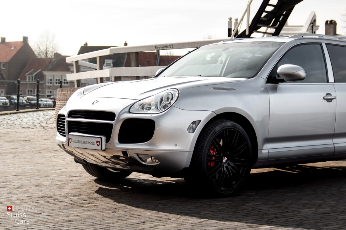 ORshoots - Exclusive Swiss Cars - Porsche Cayenne Turbo - Met WM (2)