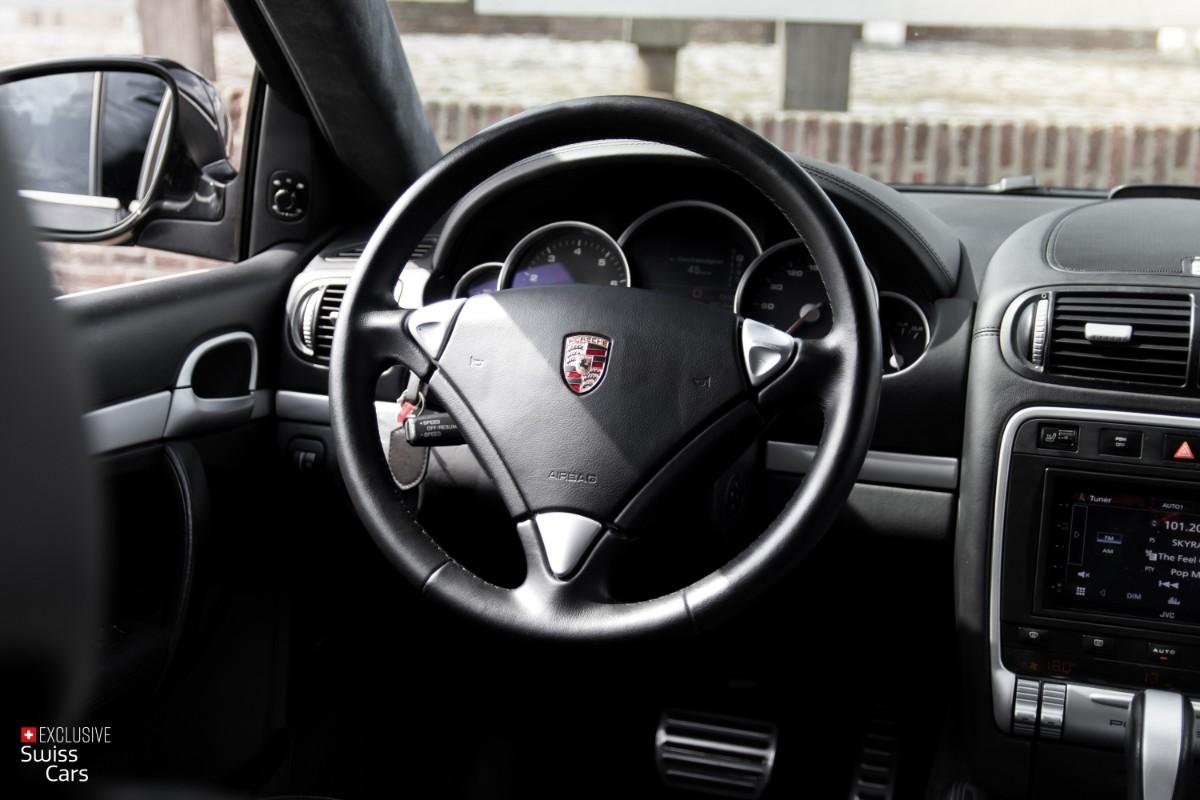 ORshoots - Exclusive Swiss Cars - Porsche Cayenne Turbo - Met WM (35)