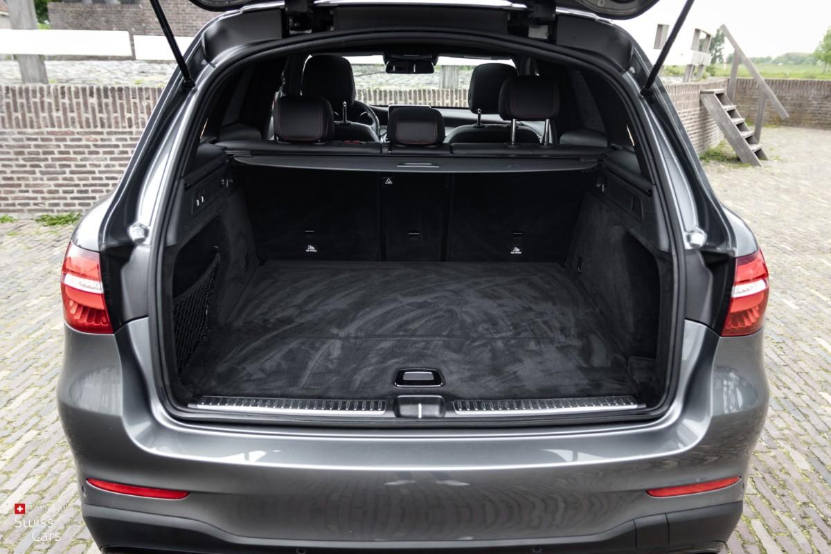 ORshoots - Exclusive Swiss Cars - Mercedes GLC43 AMG - Met WM (22)