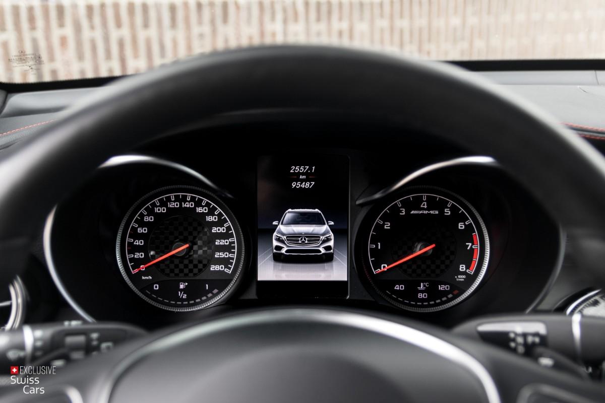 ORshoots - Exclusive Swiss Cars - Mercedes GLC43 AMG - Met WM (30)