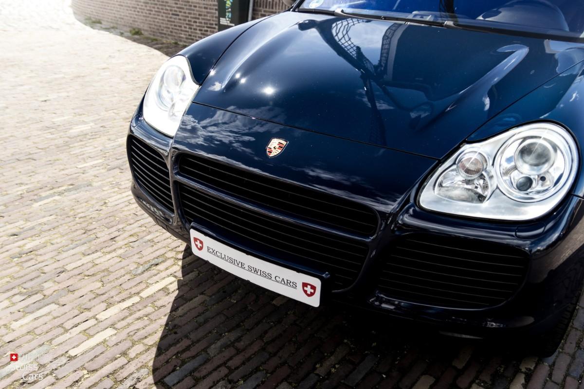 ORshoots - Exclusive Swiss Cars - Porsche Cayenne Turbo - Met WM (5)