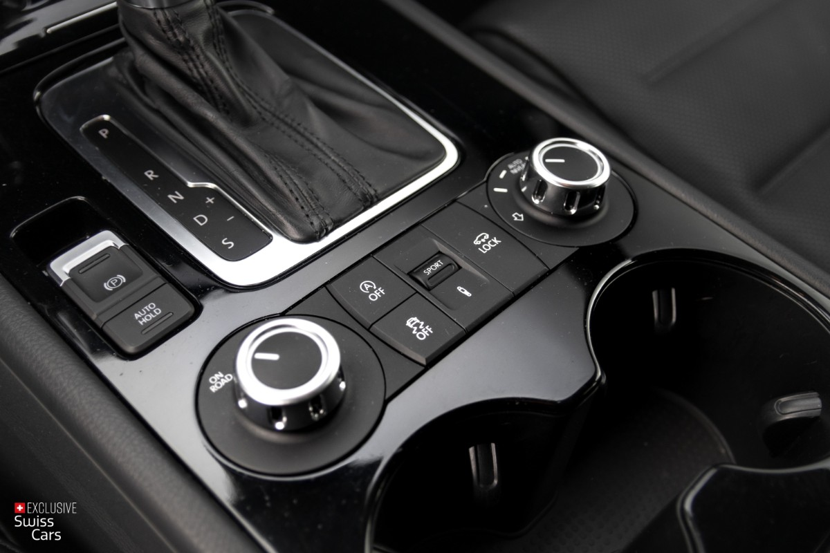 ORshoots - Exclusive Swiss Cars - VW Touareg - Met WM (22)