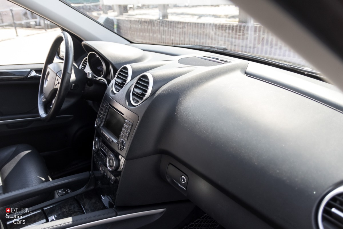 ORshoots - Exclusive Swiss Cars - Mercedes ML500 - Met WM (34)
