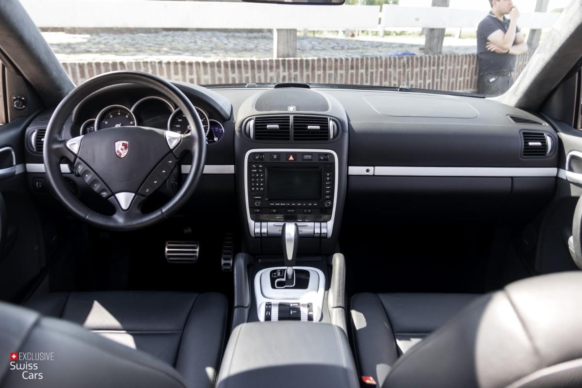 ORshoots - Exclusive Swiss Cars - Porsche Cayenne Turbo - Met WM (36)