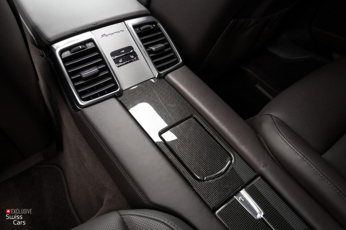 ORshoots - Exclusive Swiss Cars - Porsche Panamera Turbo - Met WM (39)