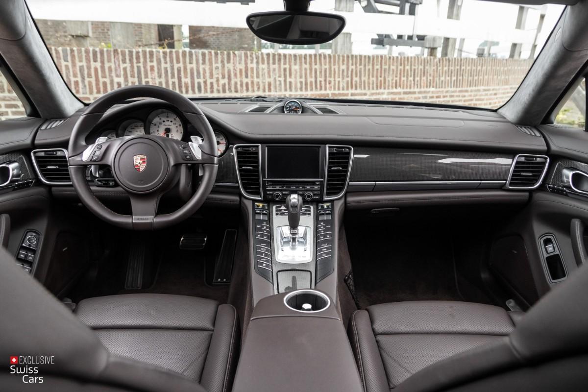 ORshoots - Exclusive Swiss Cars - Porsche Panamera Turbo - Met WM (46)