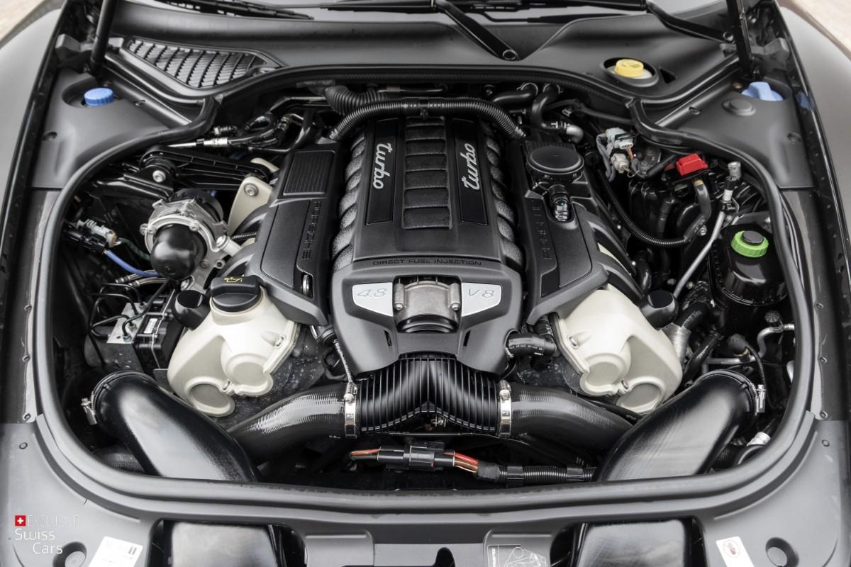ORshoots - Exclusive Swiss Cars - Porsche Panamera Turbo - Met WM (51)